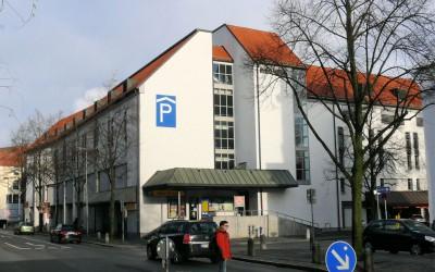 26/10/2015 → Angepasster Parktarif im Parkhaus Post: wochentags bleibt die erste Stunde kostenfrei
