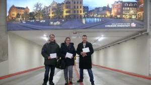 Die Gewinner der Parktickets v.l.n.r.: Udo Ratsch aus Coburg, Christine Vorndran aus Niederfüllbach und Thomas Wagner aus Coburg testeten zur Preisübergabe die innenstadtnahe Tiefgarage.