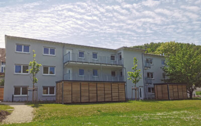 Moderne 2-Zimmer-Wohnung mit Balkon in Cortendorf
